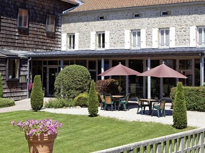 Image 8 | Impressive  and Newly  Renovated 29 Bedroom Hotel for Sale on the edge of the Ardeche 184184
