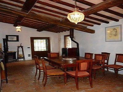 Image 6   3 bedroom farmhouse for sale with 0.22 hectares of land, Magione, Perugia, Umbria 184220