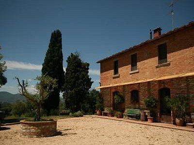 Image 3 | 11 bedroom farmhouse for sale with 0.4 hectares of land, Castiglione del Lago, Perugia, Umbria 184223