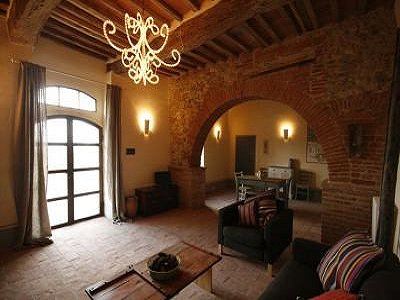 Image 4 | 11 bedroom farmhouse for sale with 0.4 hectares of land, Castiglione del Lago, Perugia, Umbria 184223
