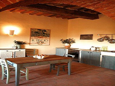 Image 5 | 11 bedroom farmhouse for sale with 0.4 hectares of land, Castiglione del Lago, Perugia, Umbria 184223