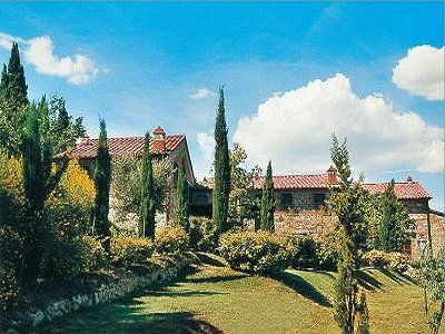 Image 11 | 2 bedroom apartment for sale with 20m2 of land, Cetona, Siena, Tuscany 184234