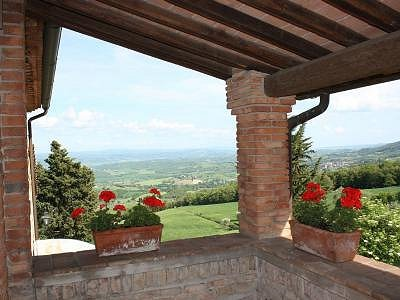 Image 3 | 2 bedroom apartment for sale with 20m2 of land, Cetona, Siena, Tuscany 184234