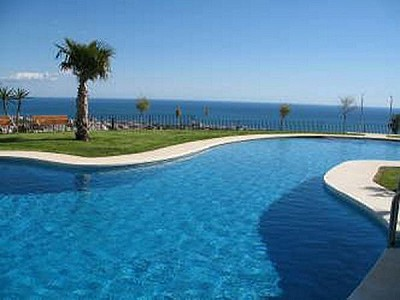 4 bedroom apartment for sale, Calahonda, Malaga Costa del Sol, Andalucia