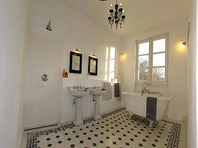 Image 11 | A Classical Style Property with Gite and 6 bedrooms  for sale in Vendome  in the Loire Valley 184356