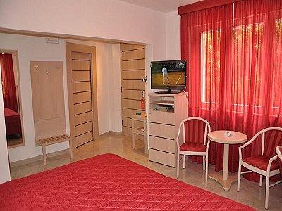 Image 24 | 44 Bedroom 3 Star Hotel in Tirrenia, Tuscany close to the Sea. 184550