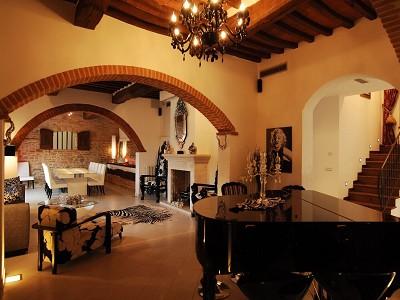 Image 14 | 8 bedroom villa for sale with 2 hectares of land, Castiglione del Lago, Perugia, Umbria 184615