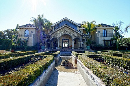 Image 3 | 9 bedroom villa for sale with 0.58 hectares of land, El Paraiso Barronal, Estepona, Malaga Costa del Sol, Andalucia 184696