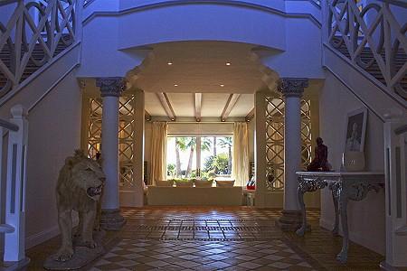 Image 4 | 9 bedroom villa for sale with 0.58 hectares of land, El Paraiso Barronal, Estepona, Malaga Costa del Sol, Andalucia 184696