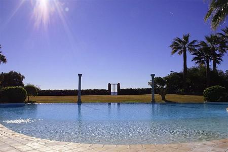 Image 5 | 9 bedroom villa for sale with 0.58 hectares of land, El Paraiso Barronal, Estepona, Malaga Costa del Sol, Andalucia 184696