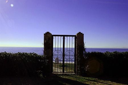 Image 6 | 9 bedroom villa for sale with 0.58 hectares of land, El Paraiso Barronal, Estepona, Malaga Costa del Sol, Andalucia 184696