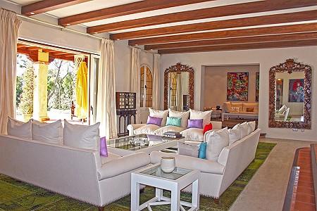 Image 7 | 9 bedroom villa for sale with 0.58 hectares of land, El Paraiso Barronal, Estepona, Malaga Costa del Sol, Andalucia 184696