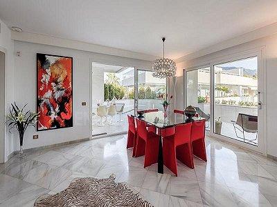 Image 2   4 bedroom penthouse for sale, Puerto Banus, Malaga Costa del Sol, Andalucia 184925