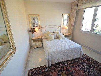 Image 7   4 bedroom penthouse for sale, Puerto Banus, Malaga Costa del Sol, Andalucia 184925