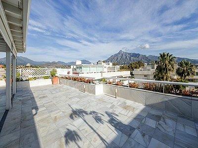 Image 9   4 bedroom penthouse for sale, Puerto Banus, Malaga Costa del Sol, Andalucia 184925