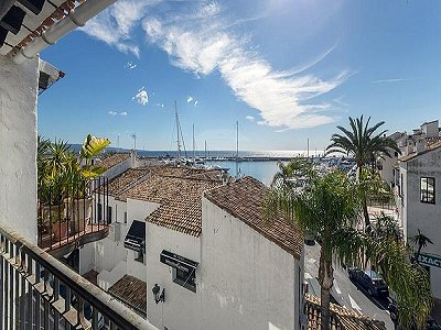 3 bedroom penthouse for sale, Puerto Banus, Malaga Costa del Sol, Andalucia