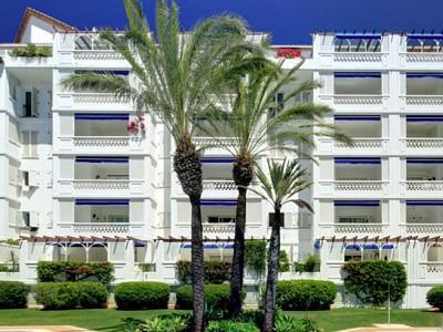 2 bedroom apartment for sale, Las Gaviotas, Puerto Banus, Malaga Costa del Sol, Andalucia