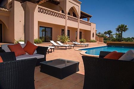 5 bedroom villa for sale, Alcantarilha, Albufeira, Algarve
