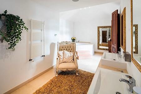 Image 10 | 4 bedroom villa for sale with 0.73 hectares of land, Atalaia, Western Algarve, Algarve 185256