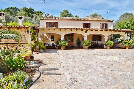 5 bedroom villa for sale, Sencelles, Central Mallorca, Mallorca