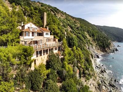 Image 2 | Most impressive villa in outstanding location on Mont Argentario 185590