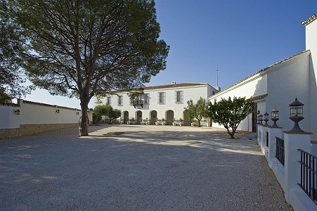 9 bedroom farmhouse for sale, Fuengirola, Malaga Costa del Sol, Andalucia