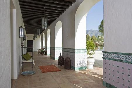 Image 10 | 9 bedroom farmhouse for sale with 0.45 hectares of land, Fuengirola, Malaga Costa del Sol, Andalucia 185596