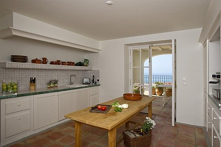 Image 6 | 9 bedroom farmhouse for sale with 0.45 hectares of land, Fuengirola, Malaga Costa del Sol, Andalucia 185596