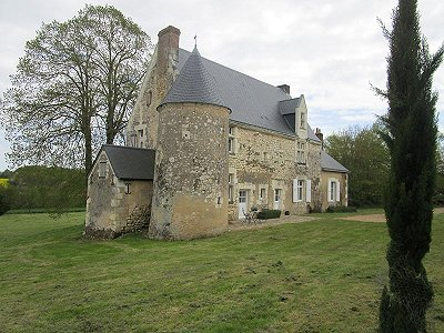 Image 2 | 6 bedroom French chateau for sale with 6 hectares of land, La Chartre sur le Loir, Sarthe , Loire Valley 185637
