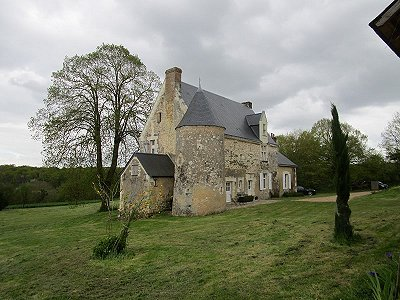 Image 3 | 6 bedroom French chateau for sale with 6 hectares of land, La Chartre sur le Loir, Sarthe , Loire Valley 185637