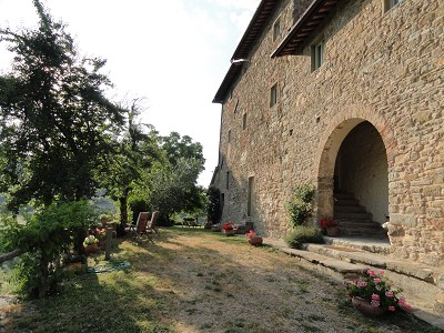 Image 10 | Idyllic Tuscan Farmhouse for Sale near Florence with Income Opportunity  185791