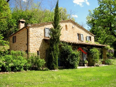3 bedroom house for sale, Gualdo, Macerata, Marche