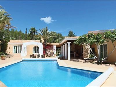 Image 1 | 4 bedroom villa for sale with 4.2 hectares of land, Sant Carlos de Peralta, Eastern Ibiza, Ibiza 185947