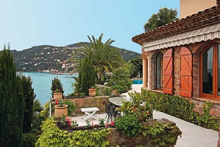 Image 4 | 4 bedroom villa for sale with 1,350m2 of land, Theoule sur Mer, Alpes-Maritimes 6, French Riviera 186181