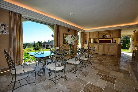Image 3   6 bedroom villa for sale with 0.68 hectares of land, Mougins, French Riviera 186209