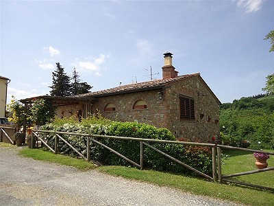 Image 2   3 bedroom house for sale with 0.25 hectares of land, Gambassi Terme, Florence, Chianti 186595