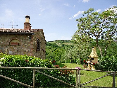 Image 4   3 bedroom house for sale with 0.25 hectares of land, Gambassi Terme, Florence, Chianti 186595