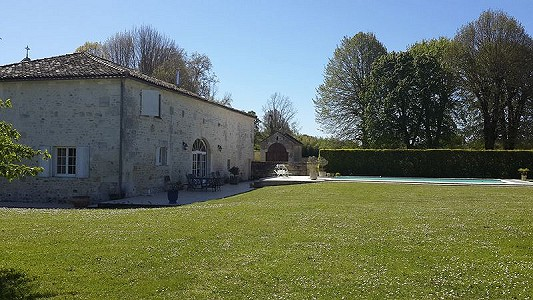 Image 2 | 4 bedroom house for sale with 0.45 hectares of land, Chateauneuf sur Charente, Charente , Poitou-Charentes 186691