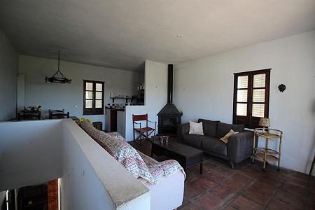 Image 10 | 4 bedroom farmhouse for sale with 0.34 hectares of land, San Enrique de Guadiaro, Cadiz, Andalucia 186773