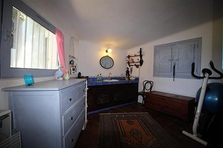 Image 12 | 4 bedroom farmhouse for sale with 0.34 hectares of land, San Enrique de Guadiaro, Cadiz, Andalucia 186773