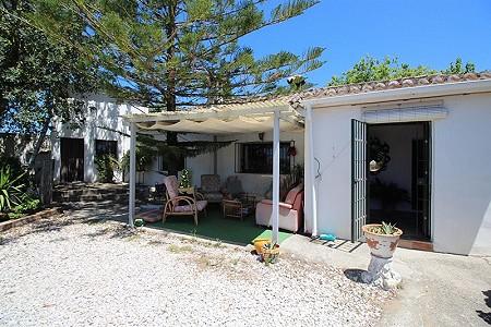 Image 13 | 4 bedroom farmhouse for sale with 0.34 hectares of land, San Enrique de Guadiaro, Cadiz, Andalucia 186773