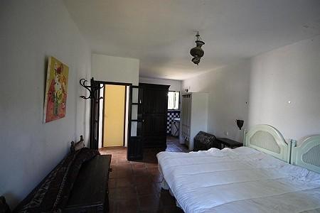 Image 16 | 4 bedroom farmhouse for sale with 0.34 hectares of land, San Enrique de Guadiaro, Cadiz, Andalucia 186773