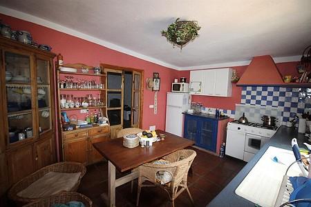 Image 22 | 4 bedroom farmhouse for sale with 0.34 hectares of land, San Enrique de Guadiaro, Cadiz, Andalucia 186773