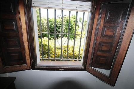 Image 26 | 4 bedroom farmhouse for sale with 0.34 hectares of land, San Enrique de Guadiaro, Cadiz, Andalucia 186773