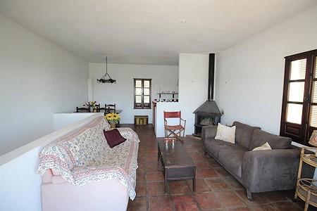 Image 5 | 4 bedroom farmhouse for sale with 0.34 hectares of land, San Enrique de Guadiaro, Cadiz, Andalucia 186773
