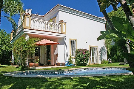 3 bedroom villa for sale, Calahonda, Malaga Costa del Sol, Andalucia