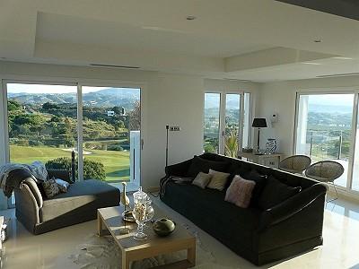 Image 4   4 bedroom villa for sale with 854m2 of land, La Cala Golf, Mijas, Malaga Costa del Sol, Andalucia 186853