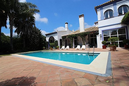 Image 6 | 6 bedroom villa for sale with 0.21 hectares of land, Sotogrande, Cadiz, Andalucia 187018