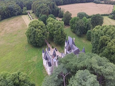 Image 24 | Charming French Chateau for Sale in the Loire Valley with 11 Bedrooms and Boutique Hotel Appeal 187049