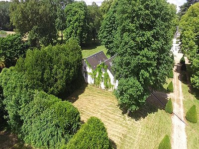 Image 26 | Charming French Chateau for Sale in the Loire Valley with 11 Bedrooms and Boutique Hotel Appeal 187049